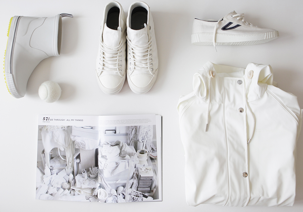 monochrome_white